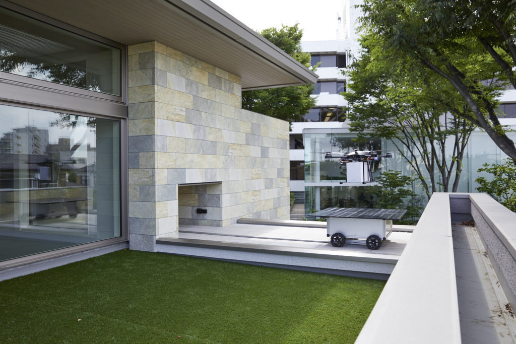 A.L.I. Technologies、ミサワホームの未来コンセプト住宅にドローンによる個別配送システムを実装完了